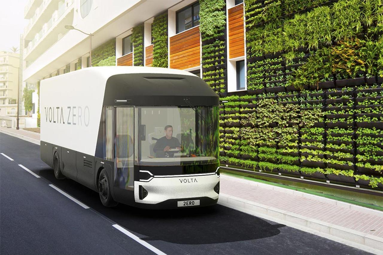 Первый в Европе электрический автобус - грузовик сделан из биоматериалов, биоразлагаемых смол и льняных волокон