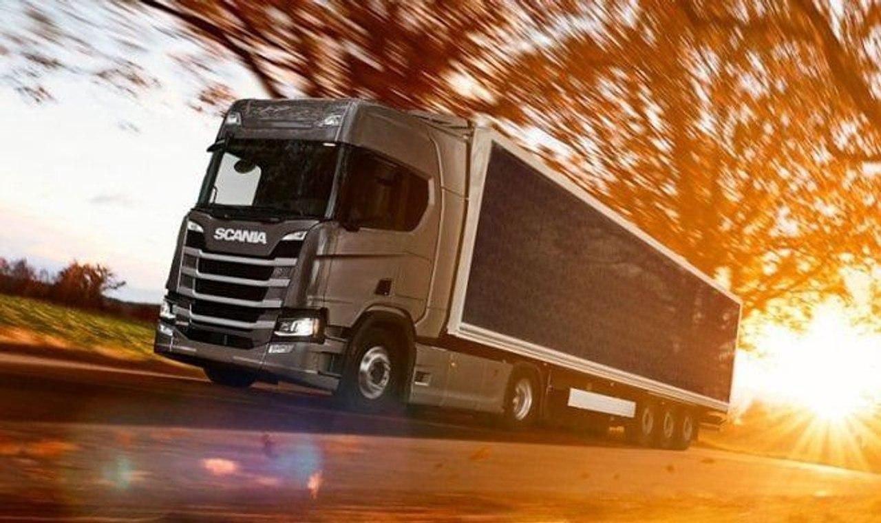 Scania установила на гибридный грузовик солнечные панели для экономии топлива