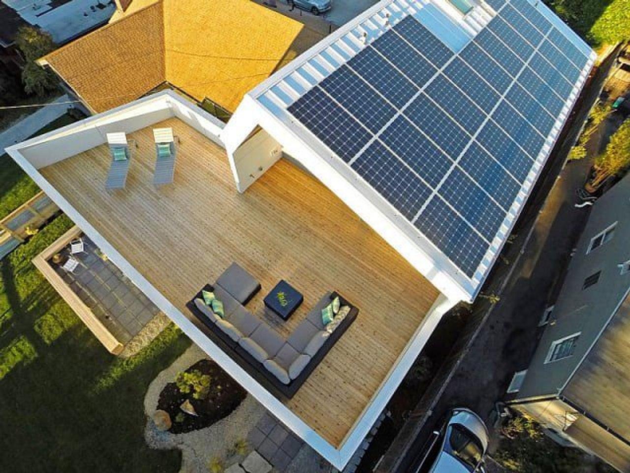 В Германии обязали застройщиков устанавливать солнечные панели на крышах новых зданий