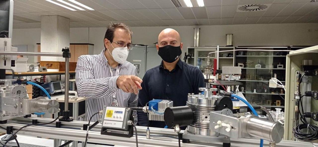 Открыт новый способ производства водорода с помощью микроволн, он позволит зарядить аккумулятор за несколько секунд