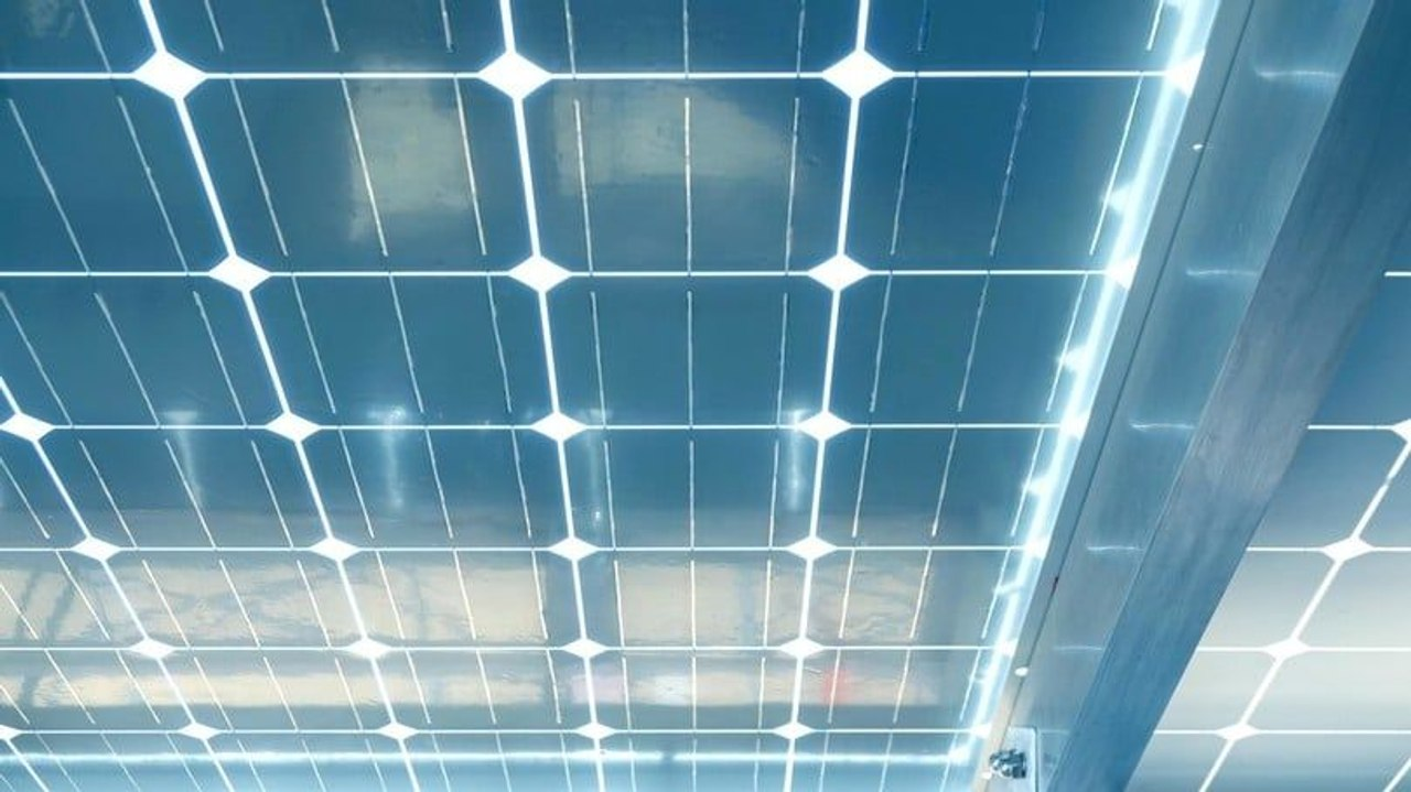 Ученые Южной Кореи разрабатывают прозрачные солнечные элементы, которые будут использоваться в зданиях, автомобилях, смартфонах