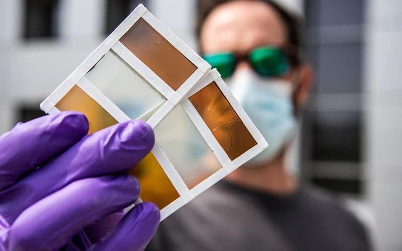 Новые термохромные фотоэлектрические окна могут менять цвет при нагревании солнечным светом и генерировать электричество