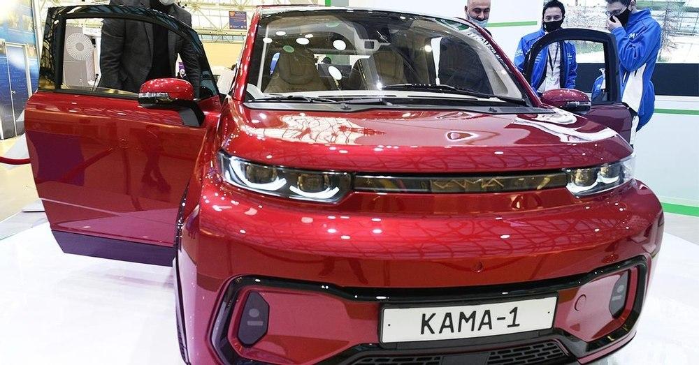 «КамАЗ» представил городской электрокар «Кама-1»