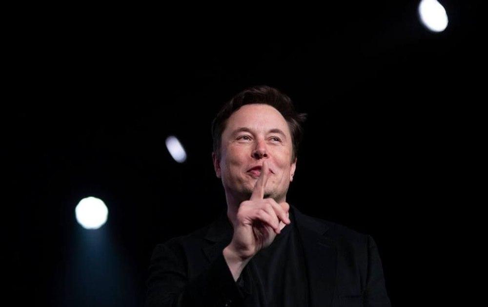 Илону Маску предложили объединить SpaceX, Tesla и Neuralink в мегакорпорацию