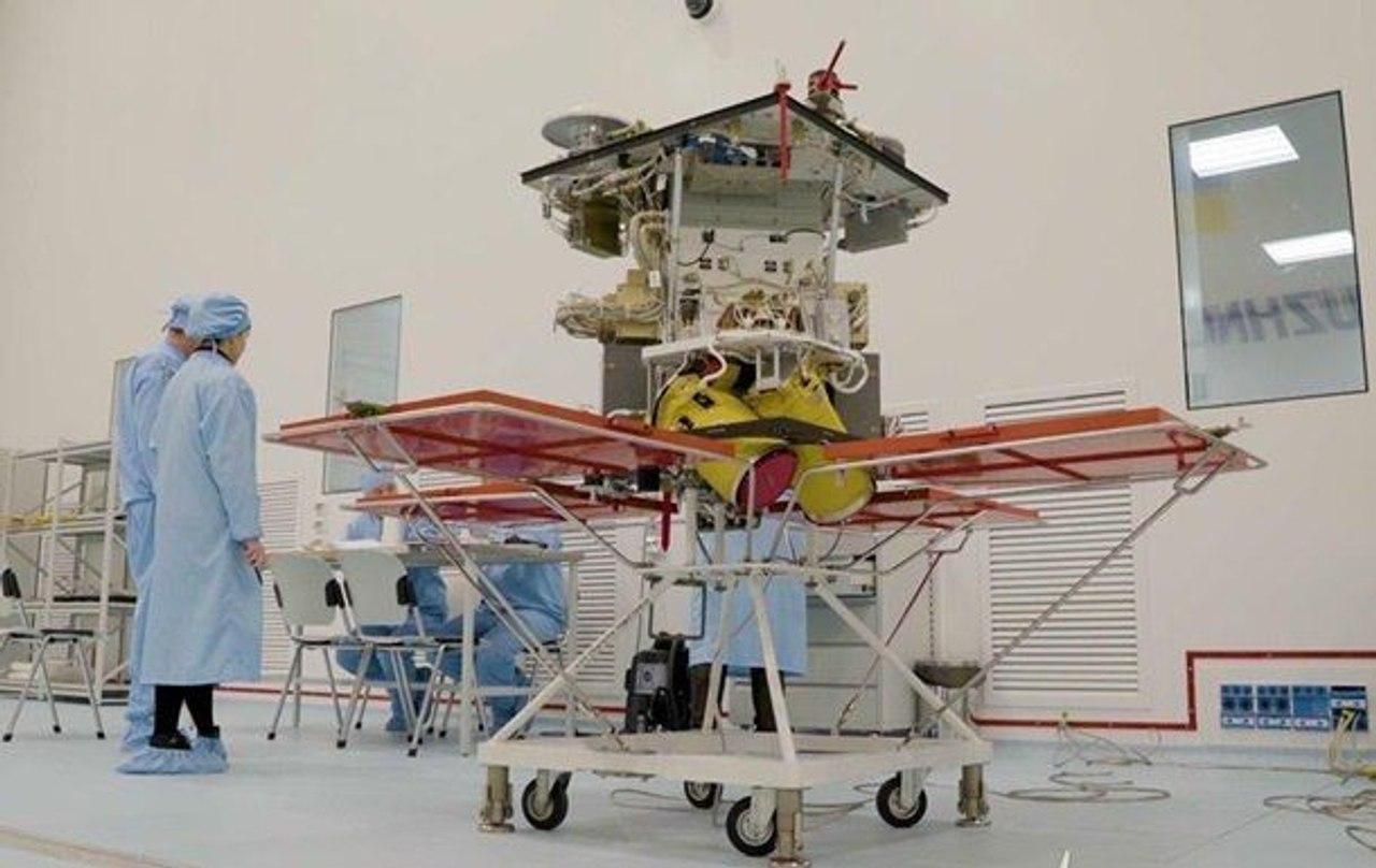 Украина ведет переговоры с компанией SpaceX о запуске спутника Сич 2-30