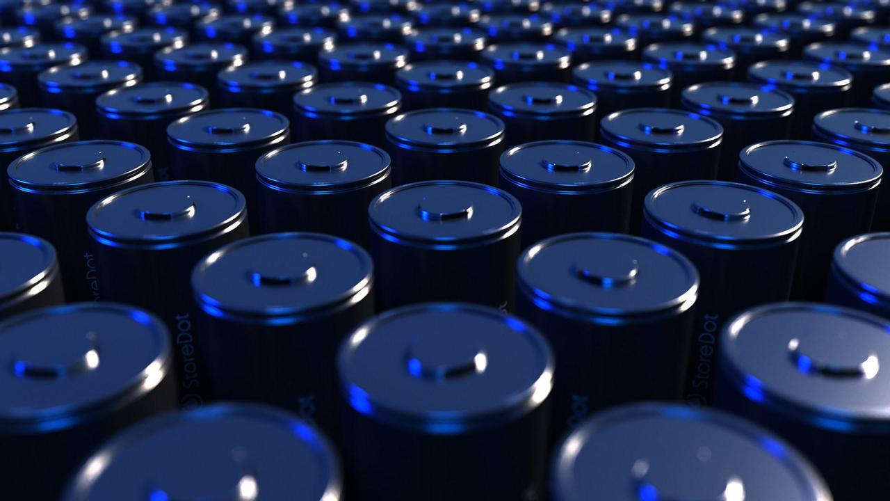 StoreDot представил аккумуляторные батареи для Tesla, которые заряжаются за 10 минут