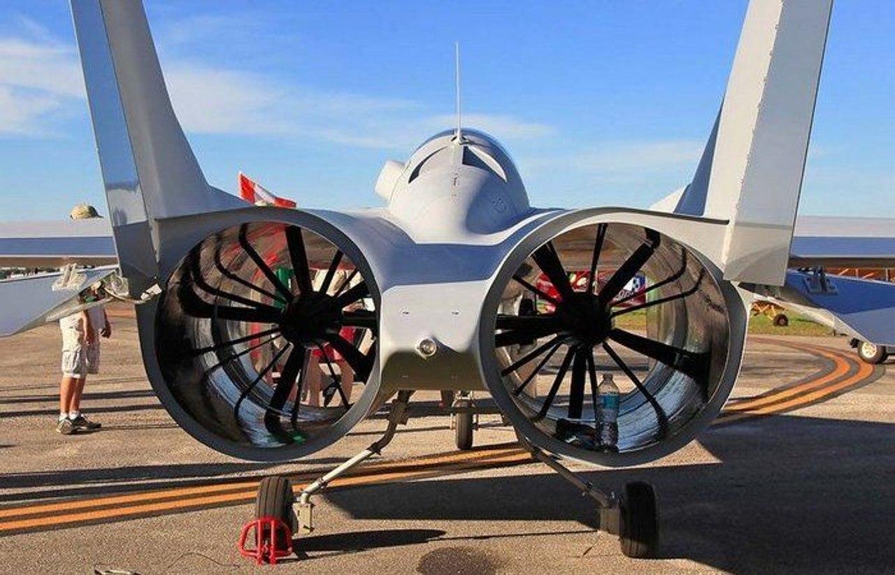 Инновационный самолет PJ–II DREAMER, приводящийся в движение имперллерной тягой