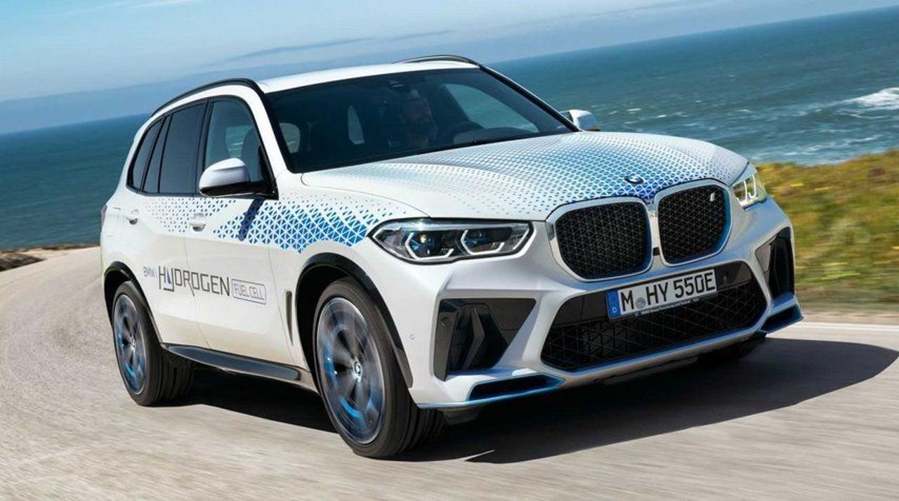 BMW вскоре представит свой первый водородный кроссовер iX5 Hydrogen