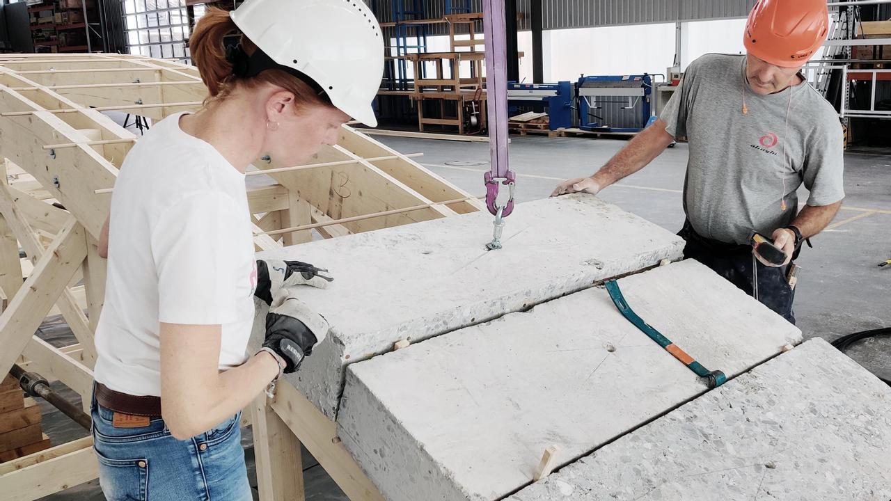 Исследователи предлагают повторно использовать бетон и продемонстрировали процесс при  строительстве пешеходного моста
