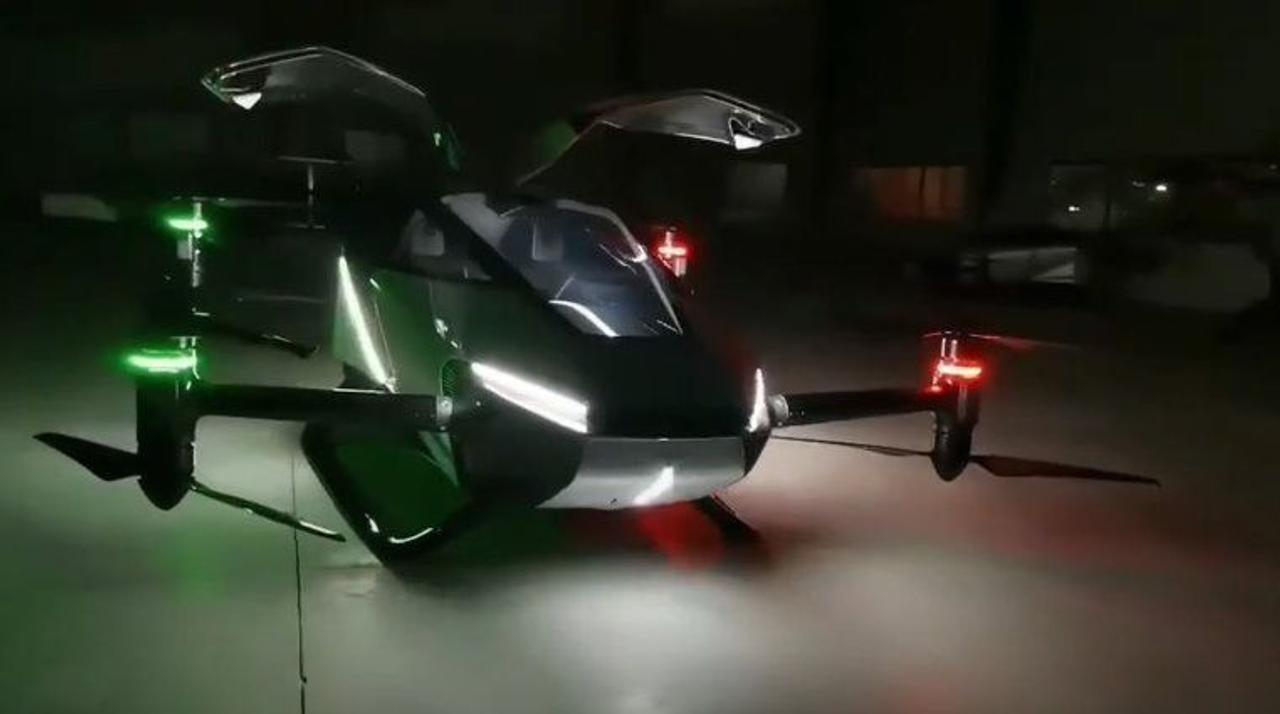 Китайский стартап XPeng продемонстрировал свой «летающий автомобиль» X2