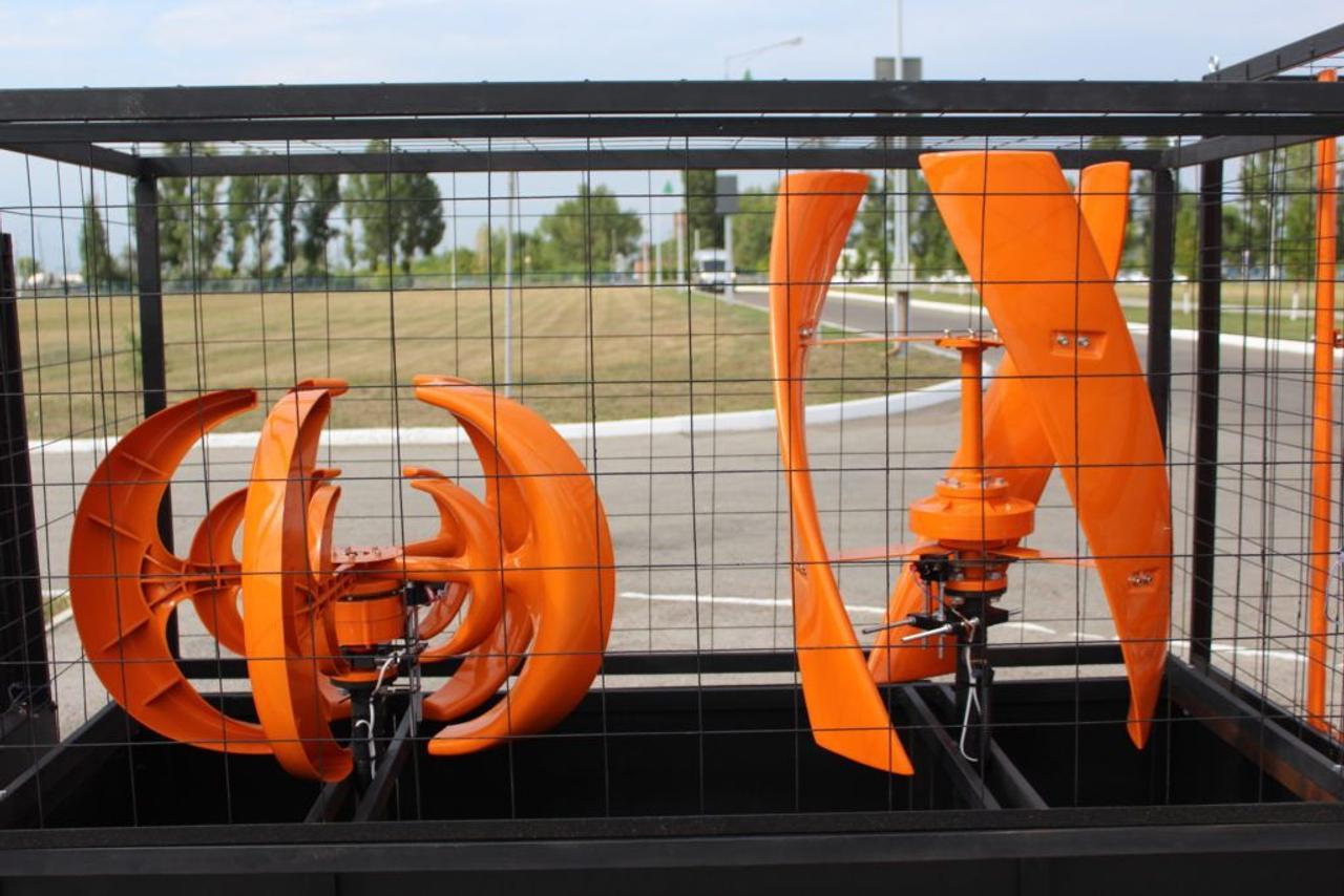 Компания «Sollers Engineering» направила энергию ветра на освещение объектов дорожной сети и прилегающей инфраструктуры