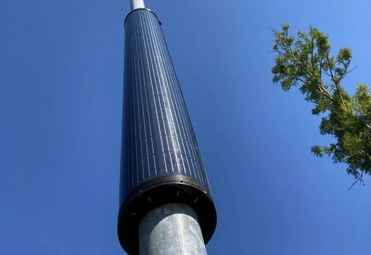 Цилиндрический солнечный модуль обеспечат уличное освещение за счет солнечного света