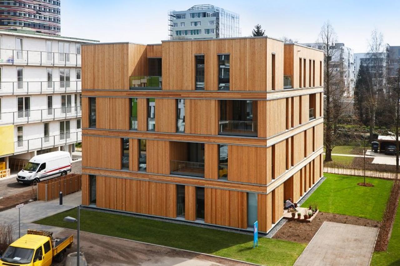 Многоэтажные дома из дерева продаются на 9% лучше и дороже, чем другие постройки