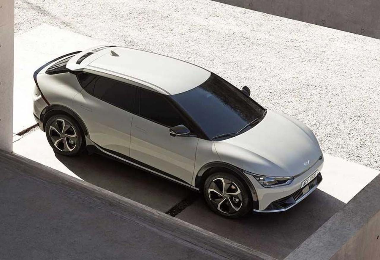 Kia показала свой первый электромобиль EV6 на платформе E-GMP