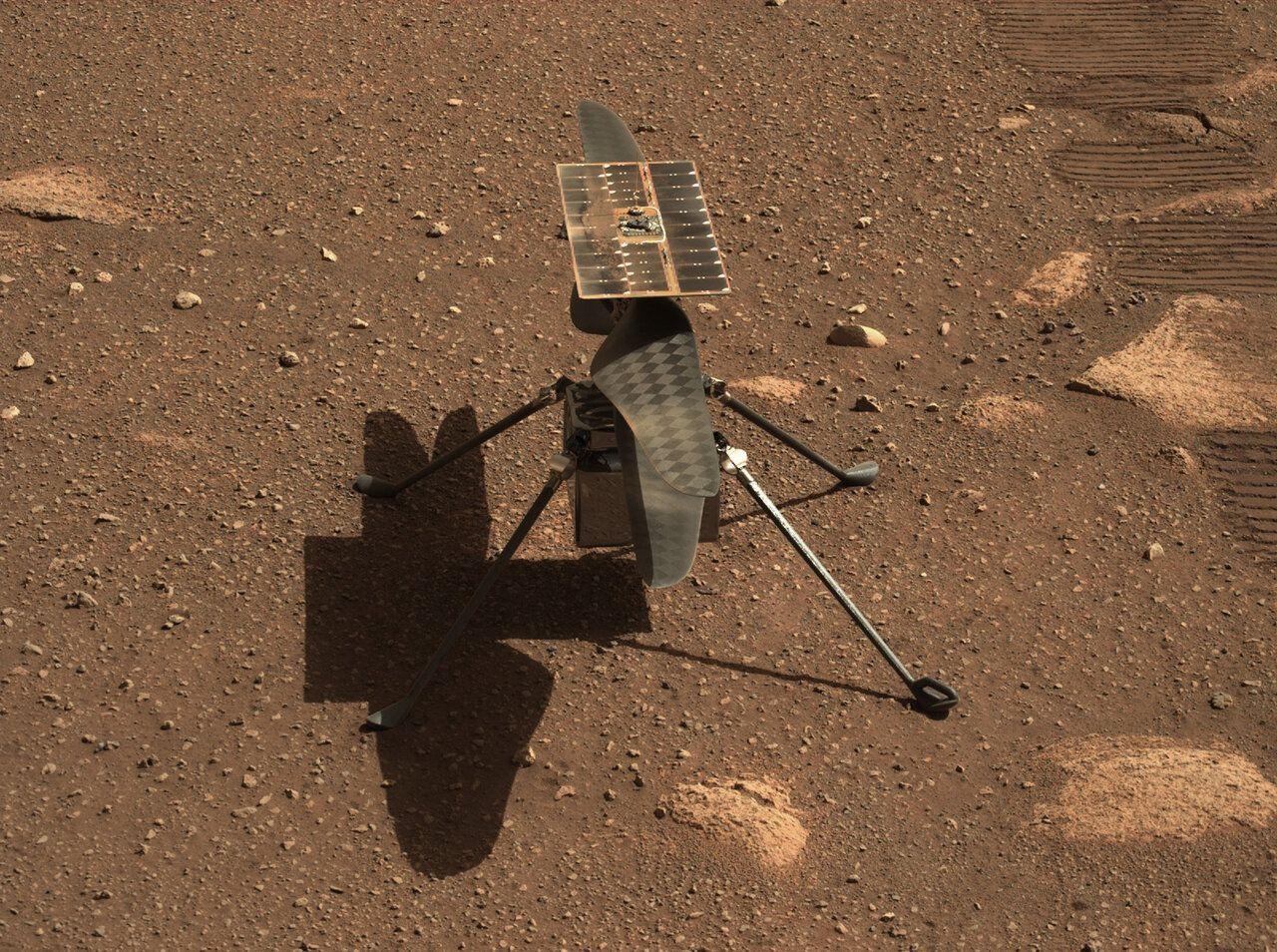 Вертолет NASA, Ingenuity, совершил на Марсе свой первый удачный полет