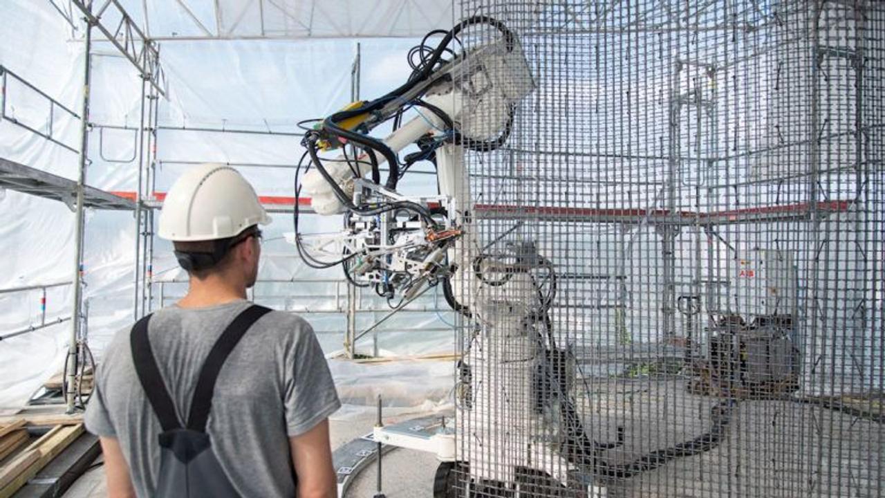 Чтобы обеспечить людей доступным жильем, ABB Robotics продвигает автоматизацию строительной отрасли