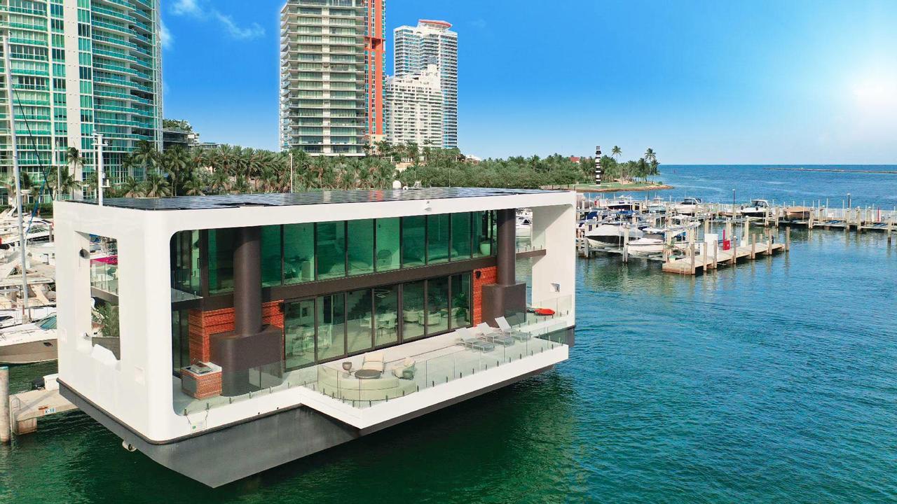 Автономный дом-яхта Arkup сочетает в себе лучшие атрибуты яхт, плавучих домов и прибрежных вилл