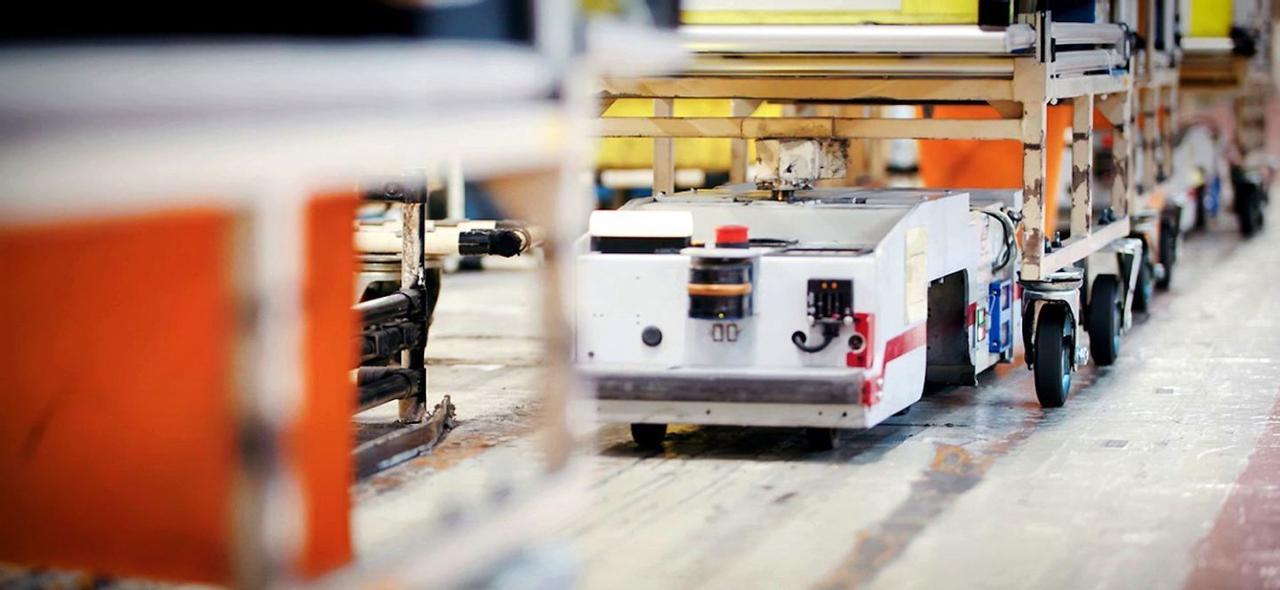 Nissan начал повторно использовать старые аккумуляторы от электромобилей Leaf EV в роботах-помощниках на своих предприятиях