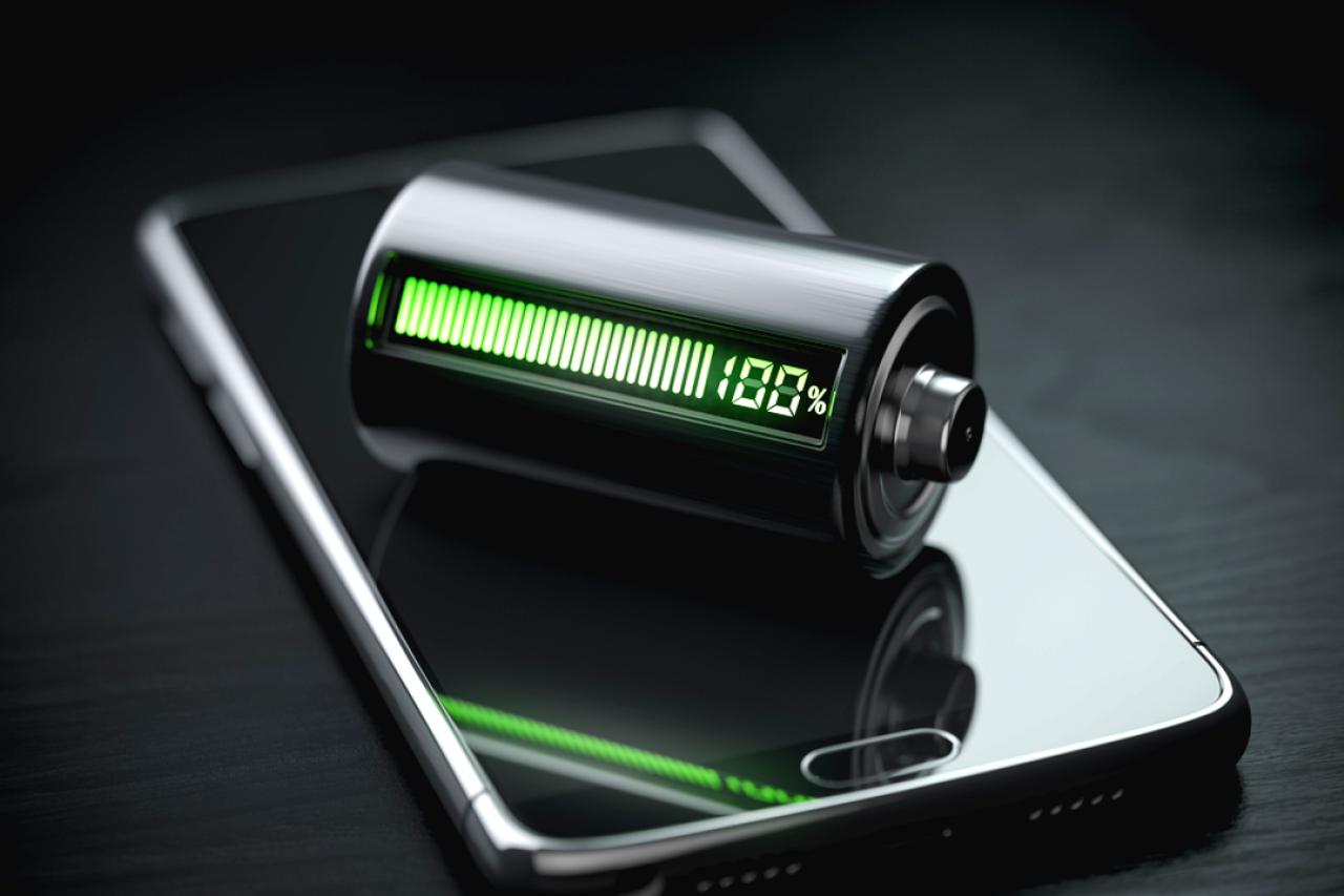 Мобильный телефон, работающий на алюминиево-ионной технологии, сможет зарядиться за 1 минут