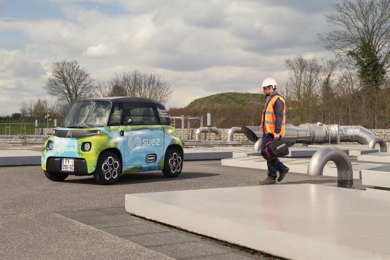 Citroën создал крохотный электромобиль My Ami Cargo для перевозки грузов