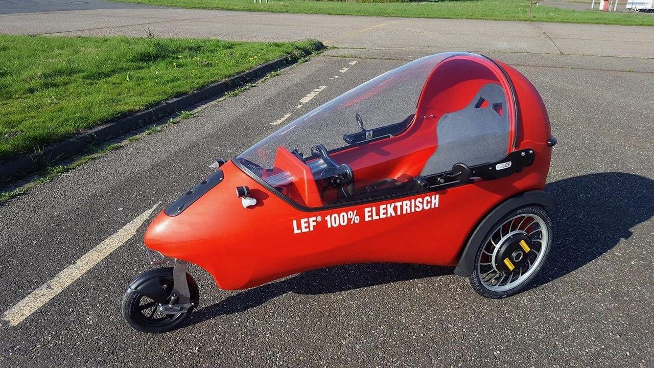 Трехколесный закрытый электромобиль LEF от голландских «кулибиных»