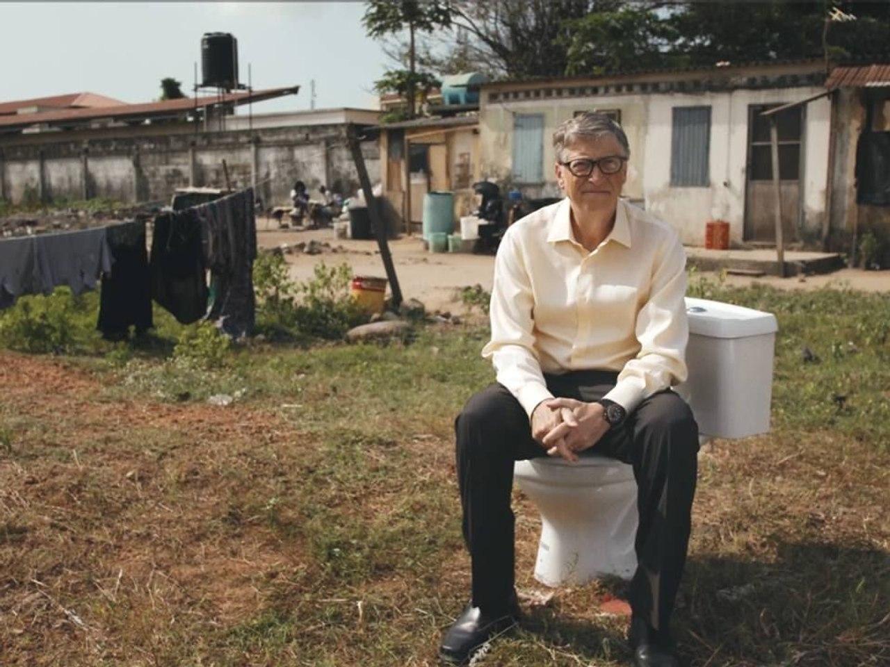 Основатель Microsoft Билл Гейтс представил туалет без воды, производящий удобрения