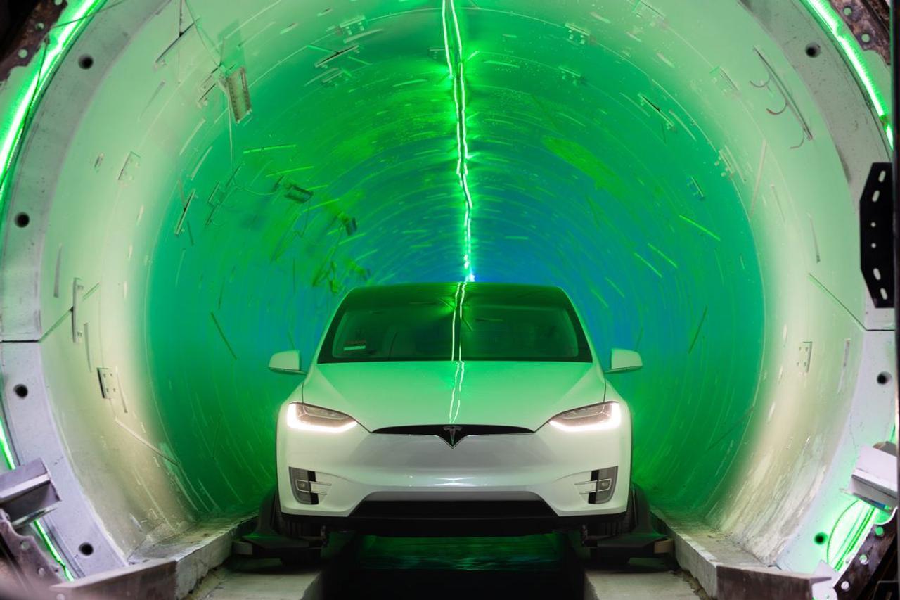 «Тоннель Илона Маска» в Лас-Вегасе начал перевозить пассажиров