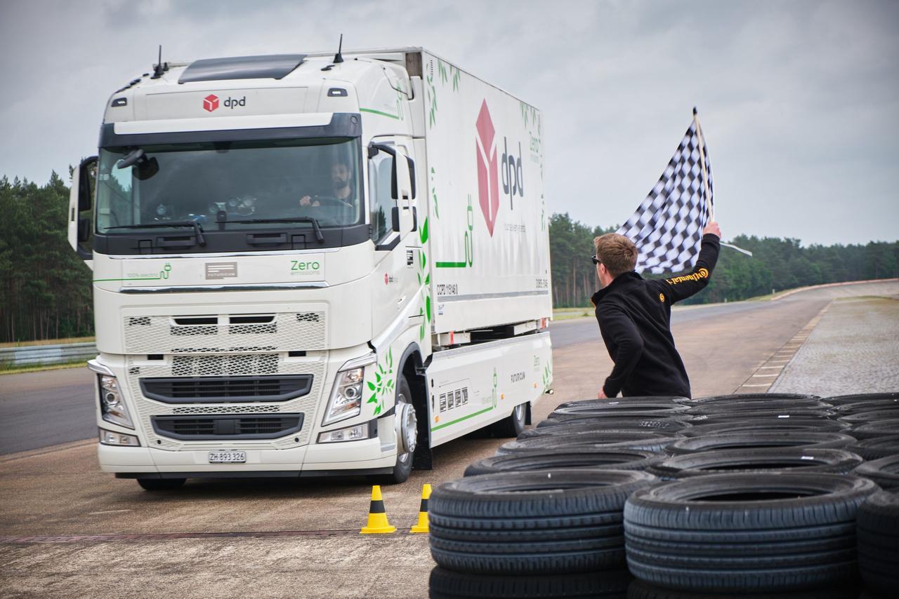 Электрический грузовик Futuricum установил мировой рекорд, проехав 1099 км без подзарядки