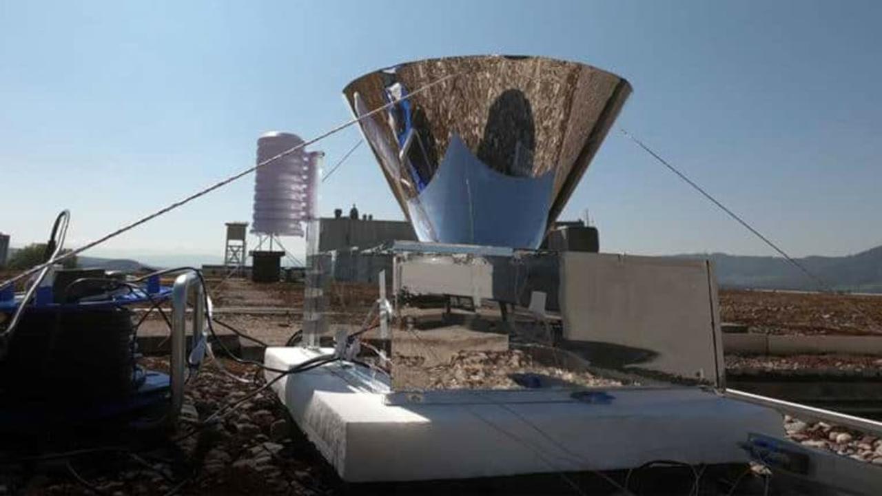 «Солнечный дистиллятор» добывает питьевую воду из воздуха не использую электричества