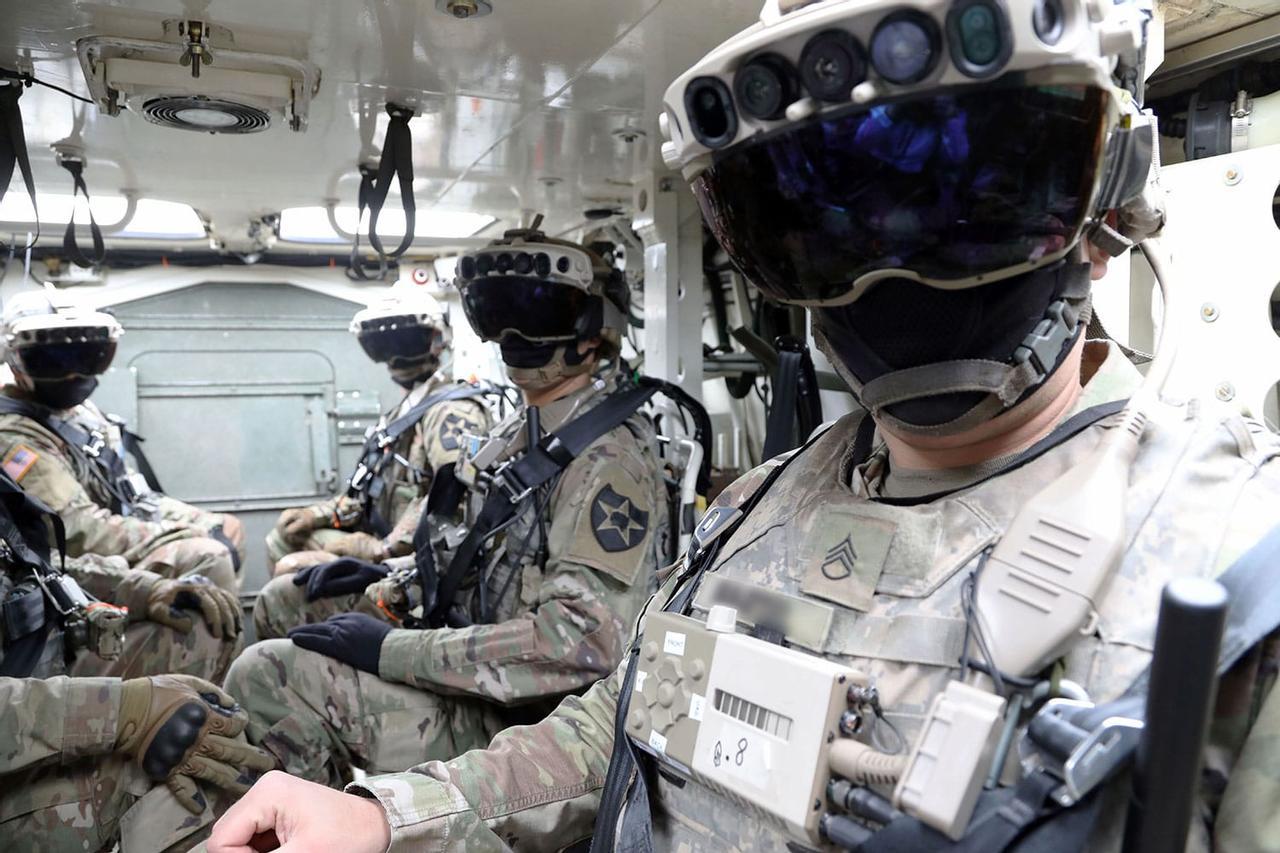 Новые тактические очки IVAS помогают видеть сквозь стены
