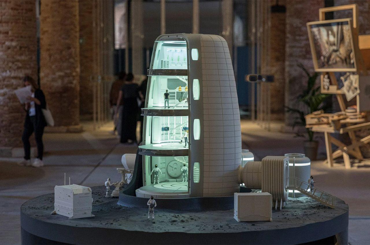 Архитекторы предложили проект Лунной деревни, состоящую из надувных зданий