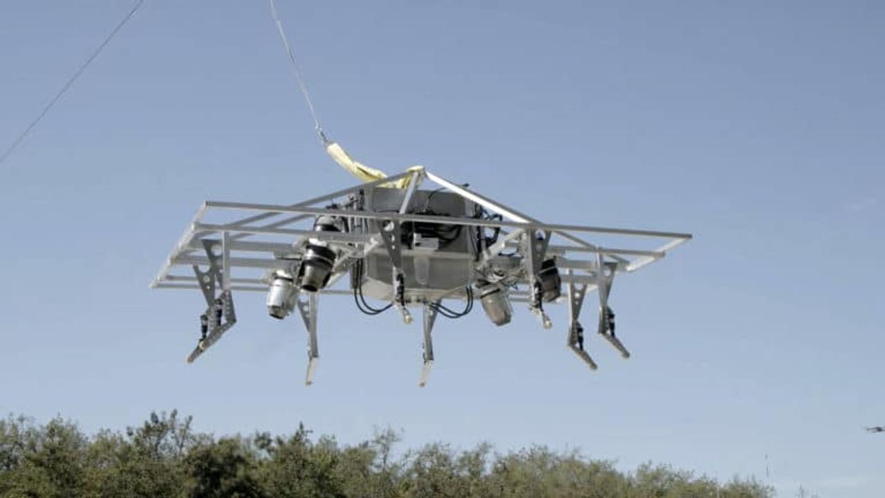 Летающий мотоцикл с реактивным турбинным двигателем вскоре будет готов к серийному производству