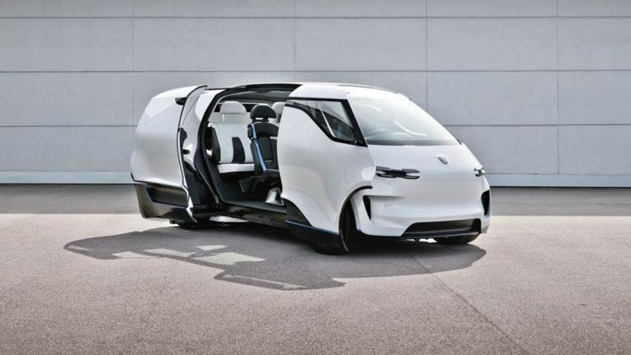Porsche представил интерьер своего электрического минивэна Vision Renndienst