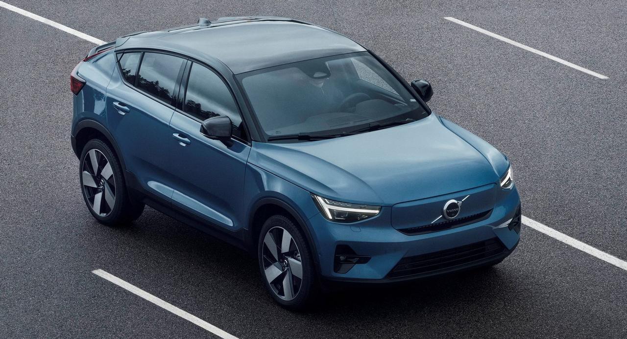 Volvo представил электрический внедорожник C40 Recharge с запасом хода более 420 км