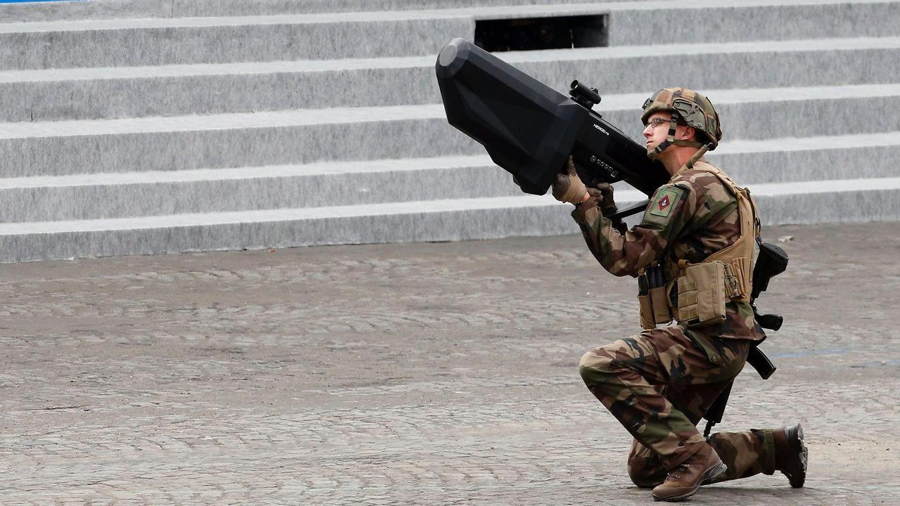 Военные тестируют лазерное оружие для уничтожения боевых дронов