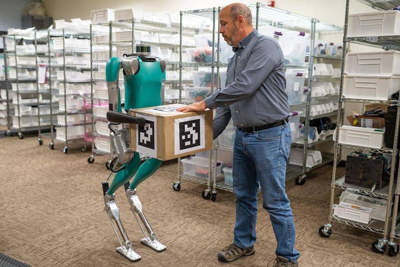 Человекоподобные роботы Digit заменят человека на производстве