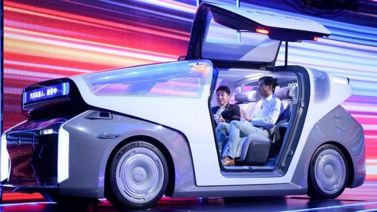 Baidu представил Robocar, концепцию электромобиля без водителя и новый ИИ-чип второго поколения Kunlun 2