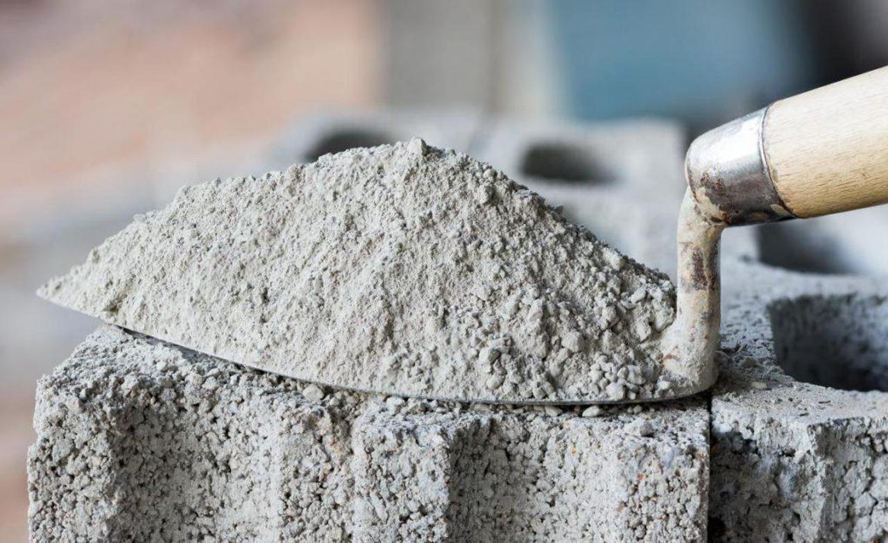Разработан рецепт низкоуглеродистого цемента, в котором используется глина из горнодобывающих предприятий