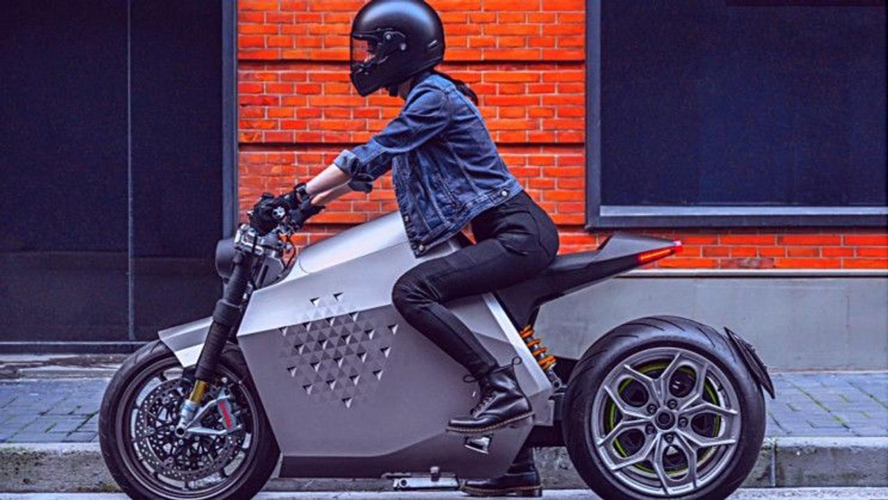 Da Vinci Dynamics представила самобалансирующийся электромотоцикл с дальностью пробега 400 км