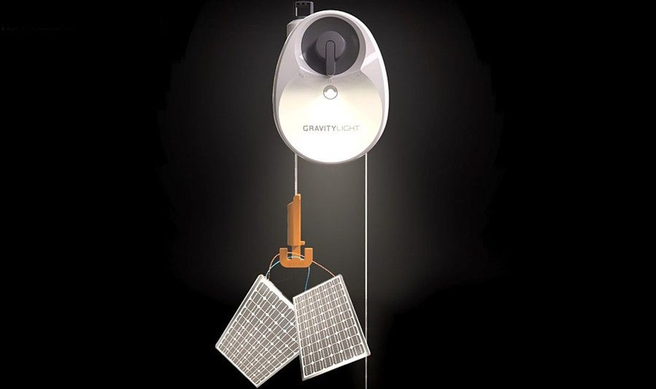 Гравитационная лампа GravityLight осветит дом без использования электричества