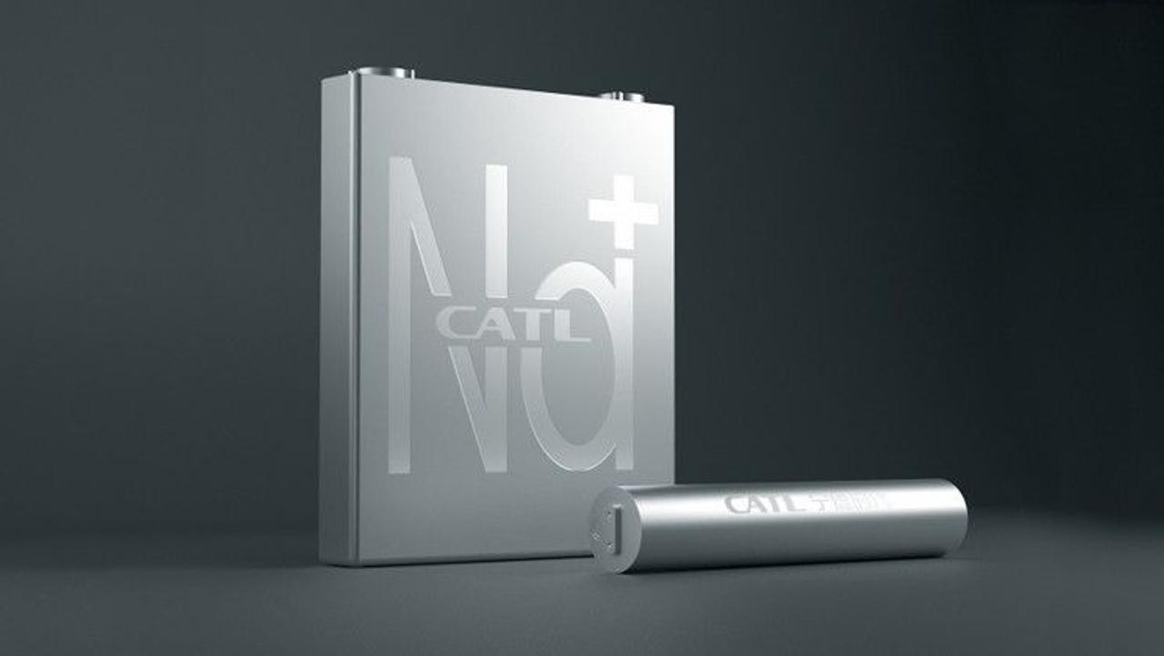 Компания CATL, поставляющая батареи для Tesla, разработала солевую батарею для электромобилей