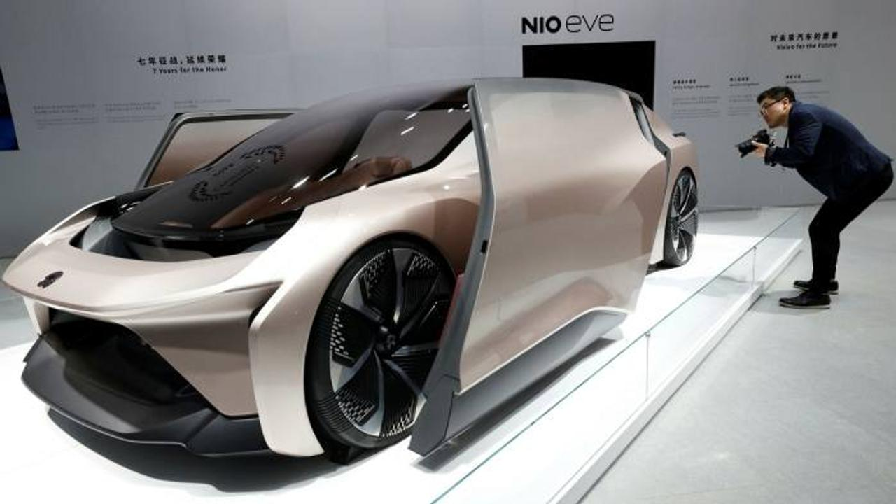 Сервис «аккумулятор как услуга» компании Nio, по замене батарей, делает покупку электромобиля дешевле