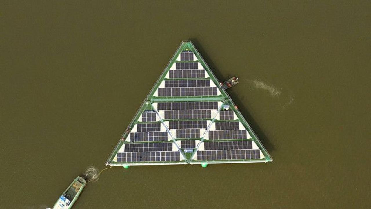 Устойчивая к ураганам плавучая солнечная ферма заменит ископаемое топливо при выработке чистой энергии