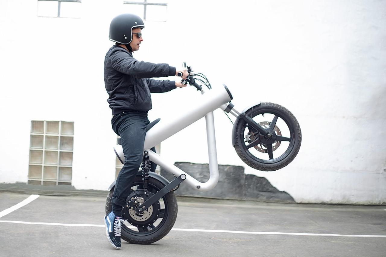Электрический мотоцикл / электровелосипед Tubular Pocket Rocket привлекает внимание поразительным дизайном