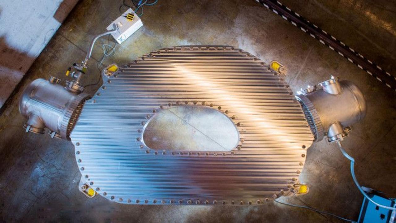 В MIT создали самый мощный и энергоэффективный магнит, что позволит достичь «чистой энергии» на термоядерном реакторе tomakak
