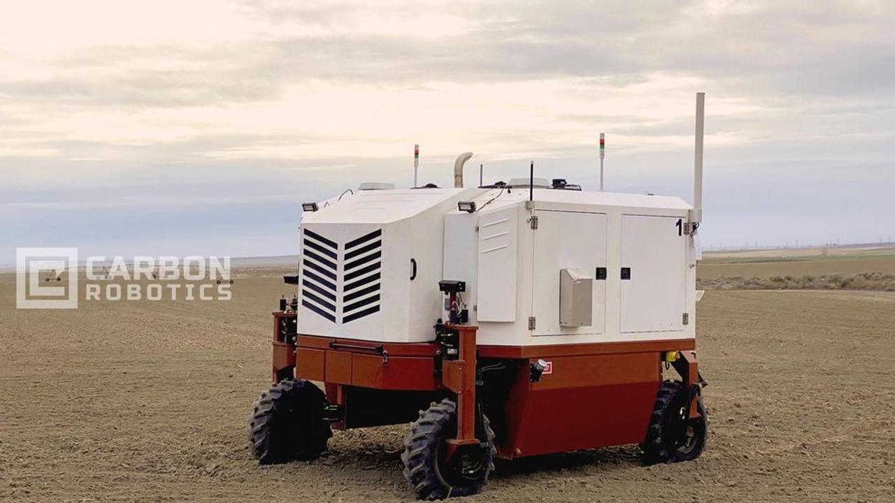 Автономный робот - фермер использует лазеры для уничтожения 100 000 сорняков в час