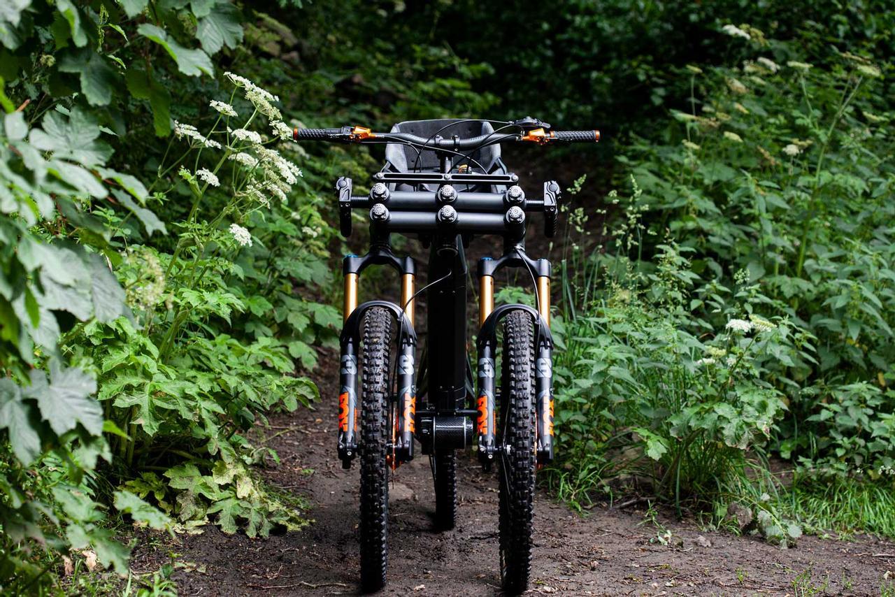 Orange Phase AD3 - адаптивный трехколесный велосипед eMTB с наклонной тягой