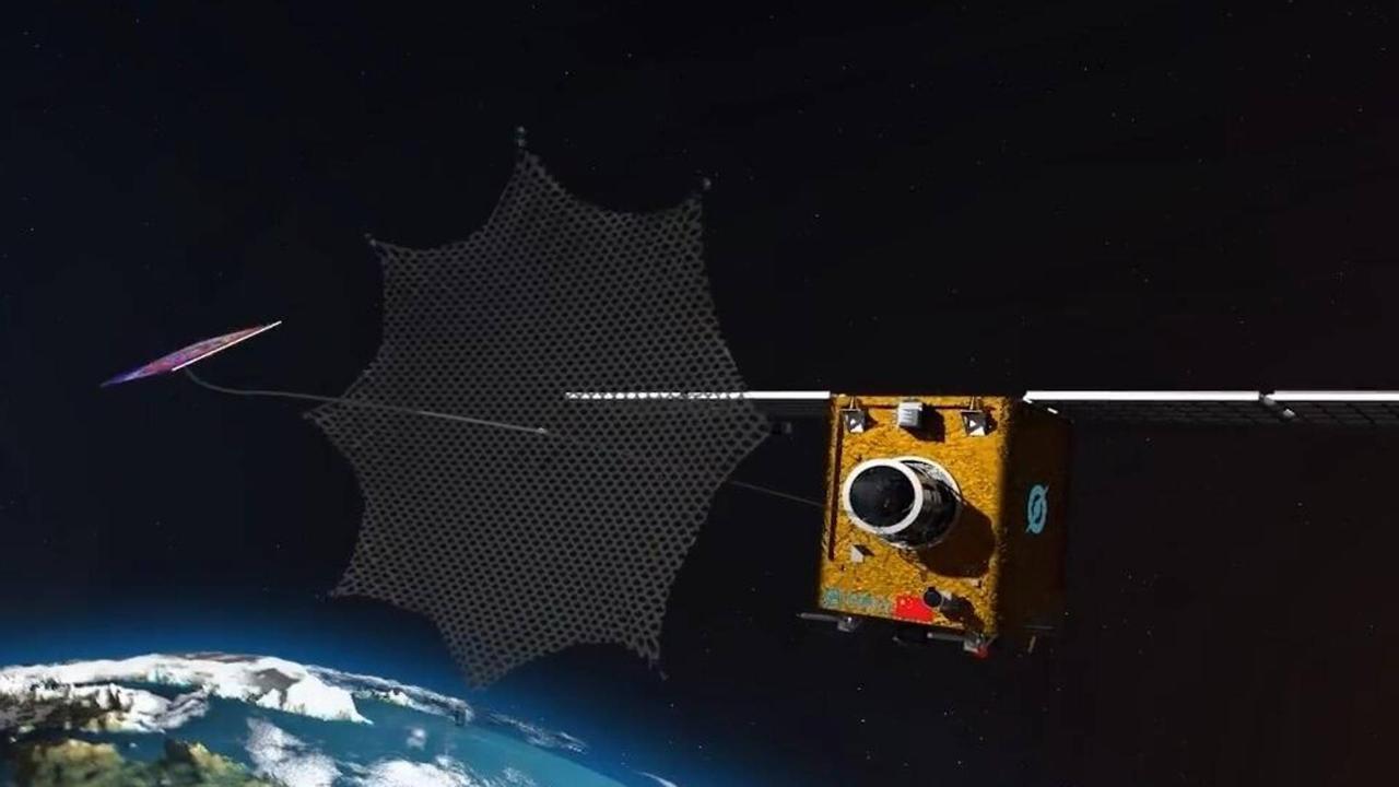 Китайский космический робот NEO-01, будет ловить космический мусор на околоземной орбите гигантской сетью