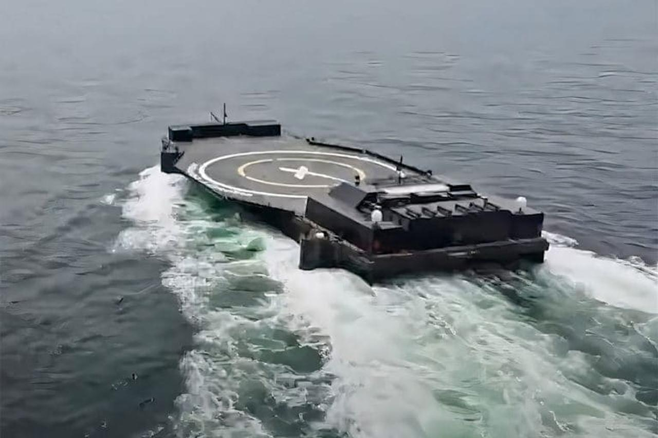Илон Маск представил новый автономный корабль-дрон SpaceX для морских запусков ракет
