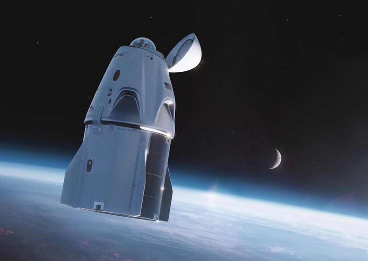 Космический корабль Dragon от SpaceX модифицируют окном под куполом с которого открывается панорамный вид на 360 градусов